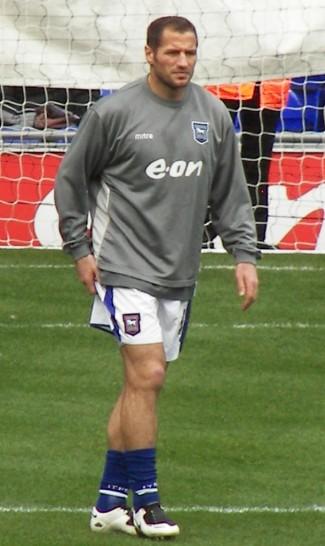 Shefki Kuqi